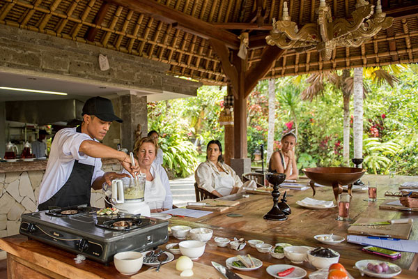 Cooking Demonstration at ONEWORLD Ayurveda Bali