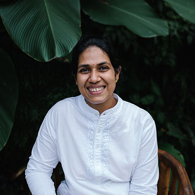 Dr. Resmi Ayurvedic doctor at Oneworld Ayurveda's Panchakarma Bali retreat.